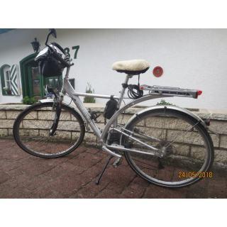 Gebrauchtes Trekking-Herrenrad in sehr gutem Zustand zu verkaufen preview image
