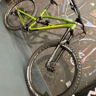 2020 Nukeproof Mega 290 Expert preview image