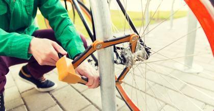 Mit Schloss und Riegel - Fahrräder vor Diebstahl schützen