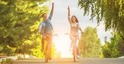 Sie wissen, warum Fahrradfahren gesund ist.